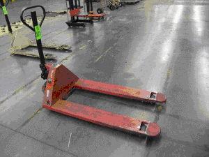 Where to find PALLET JACK 5,000 LB  515 in Camarillo