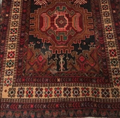 Where to rent LOUNGE, RUG 4  x 7  TURKISH RED   BLK in Camarillo CA